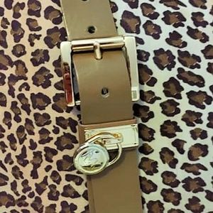 Michael Kors Logo Charm Belt Small/GUC